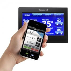 WiFi-thermostat-with-smartphone-app